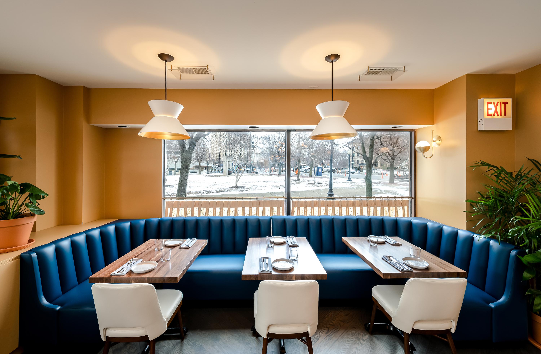 Mundano dining room