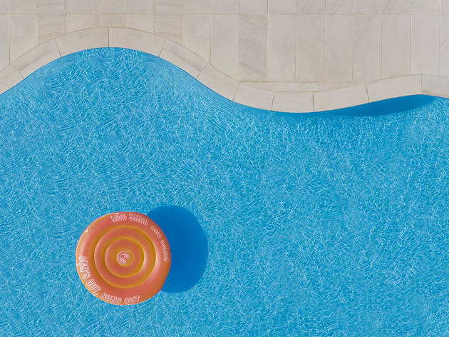 This photographer takes dreamy photos of swimming pools from above