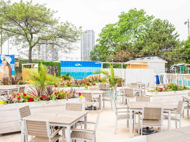 These 5 Chicago lakefront restaurants reopen this week