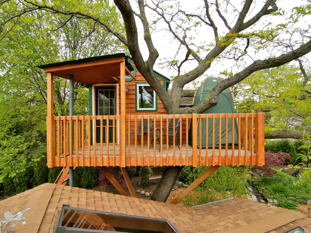 Enchanted Garden Treehouse Airbnb