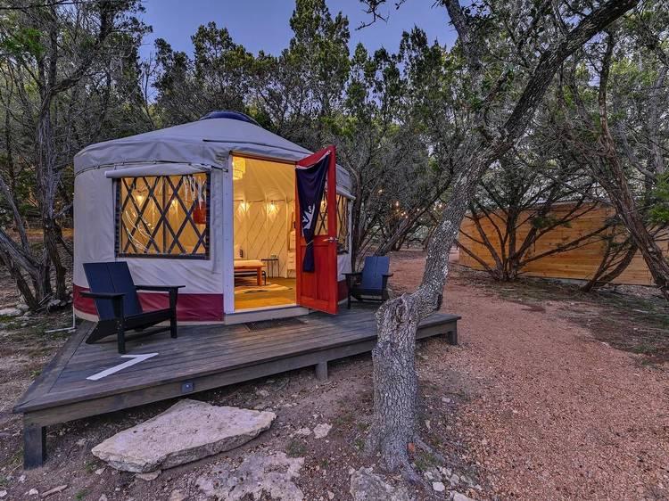 Dripping Springs, TX: Lucky Arrow Retreat