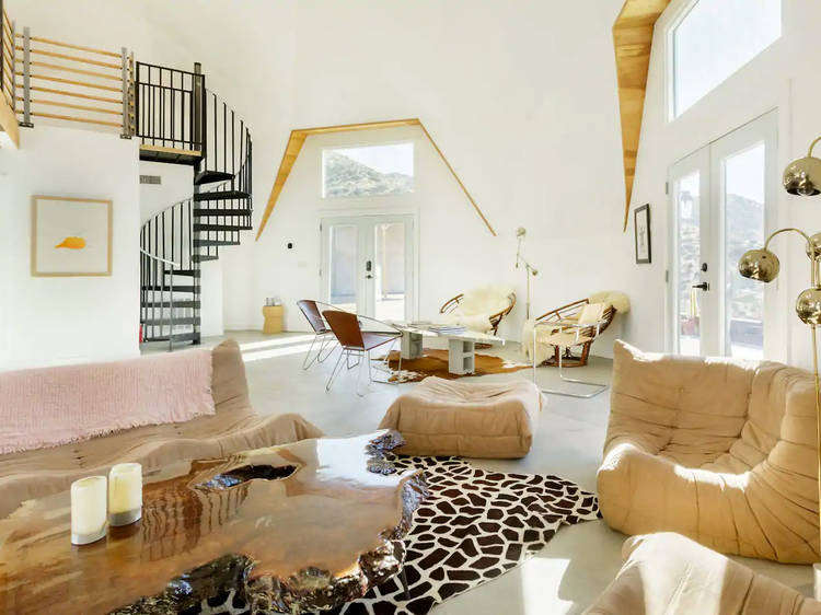 A sprawling dome retreat in Yucca Valley