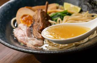 ラム骨らぁ~麺専門店 らむね屋 新宿三丁目店