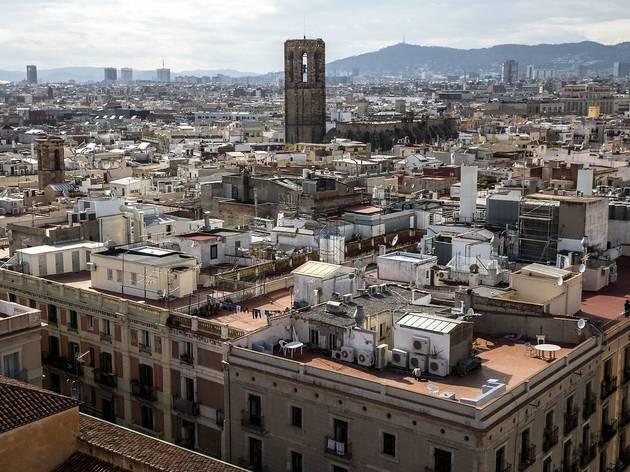 Barcelona estabilitza els contagis