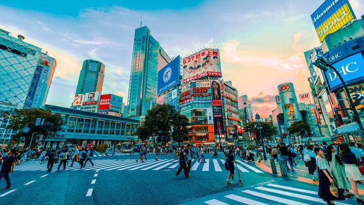 東京都がお盆期間中の旅行自粛を要請