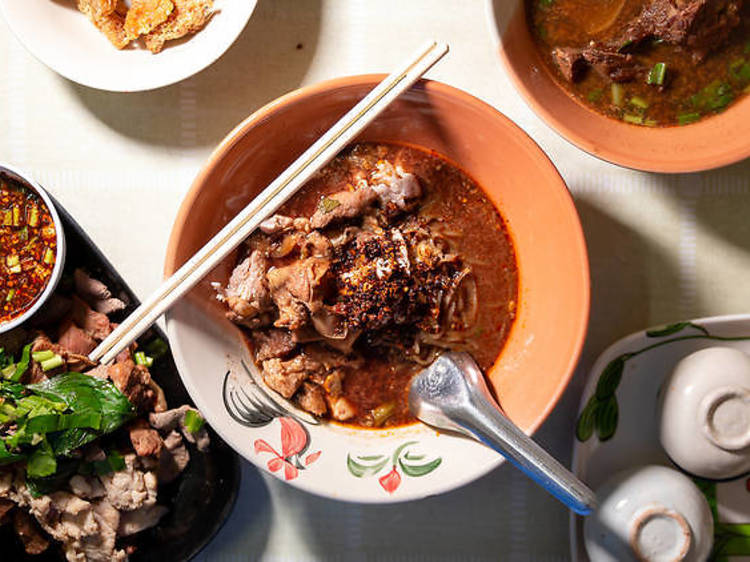 15 best street food restaurants on Ban Tad Thong