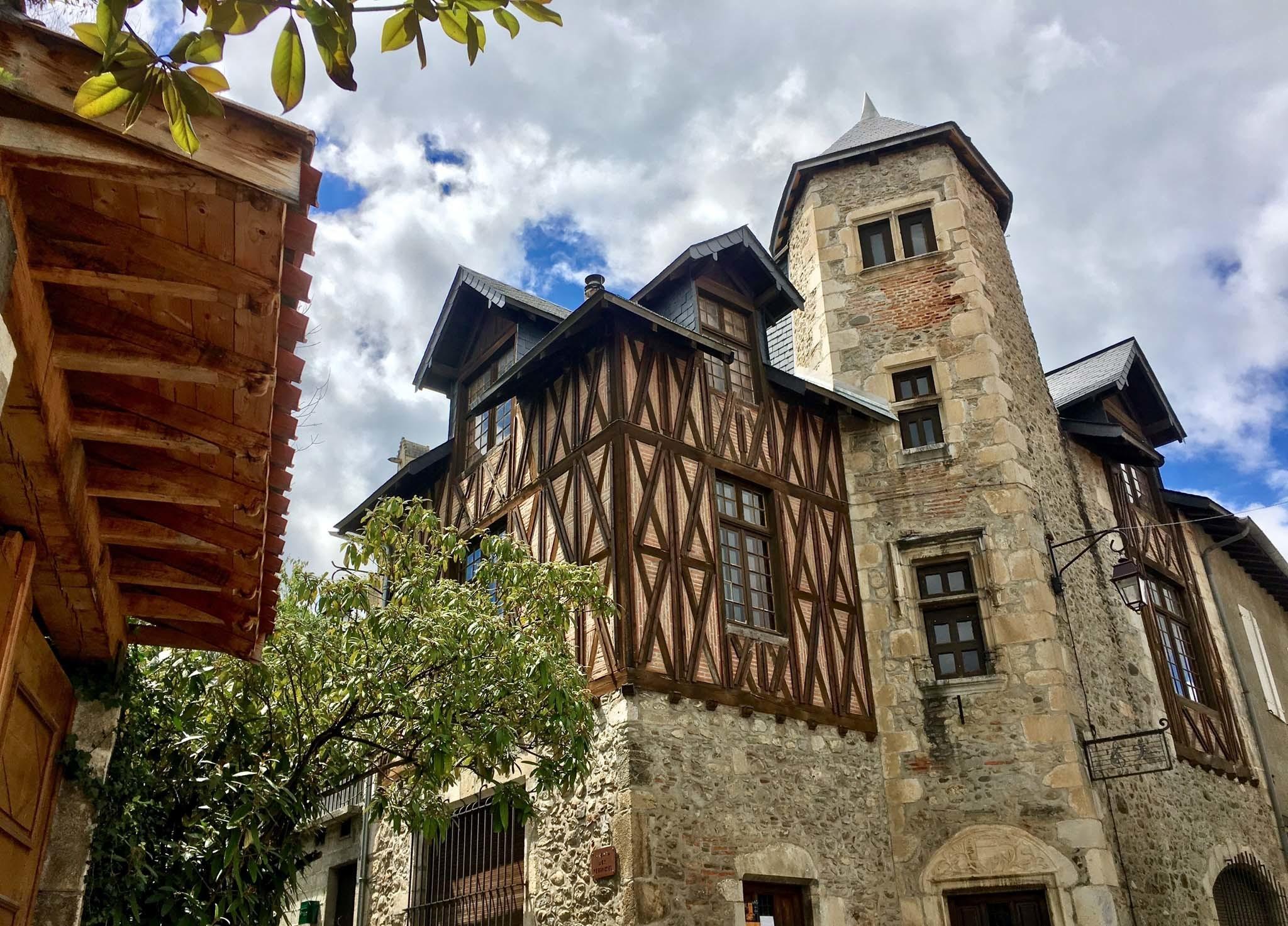 St Bertrand de Comminges, Pyrénées