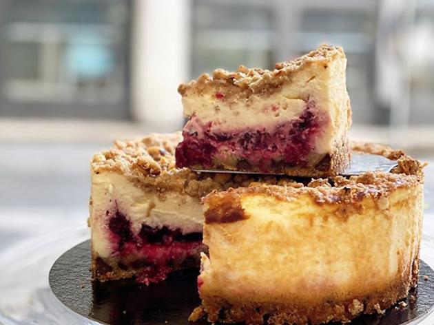Cheesecake de cereza y crumble de Sil's Cakes