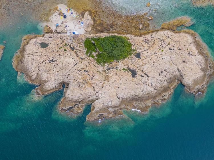綠蛋島:玻璃水小島