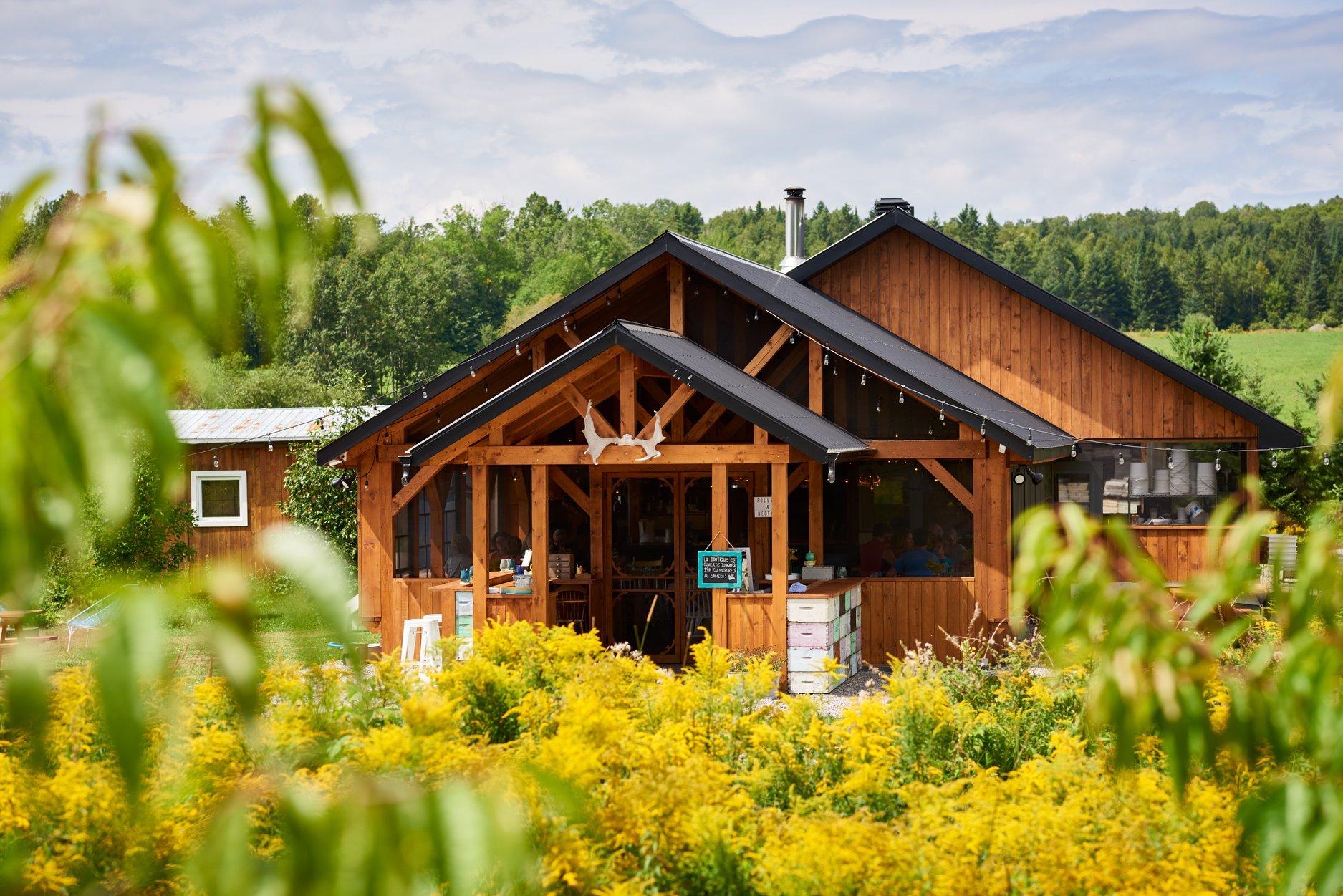 12 Best Farm To Table Restaurants Near Montreal to Eat in Season