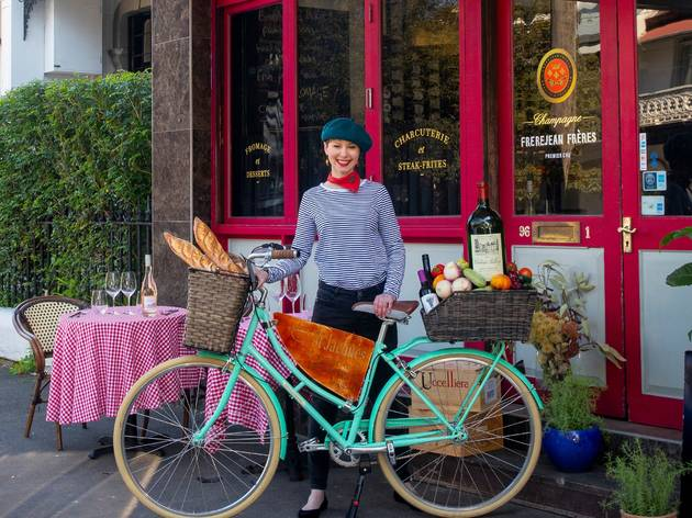 Have picnic hampers delivered by bike from this cute French bistro