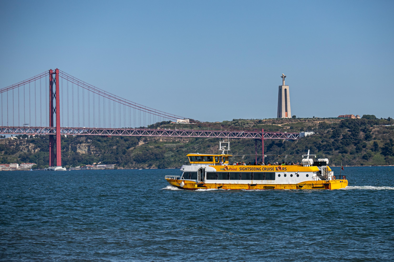 Yellow Bus Tours