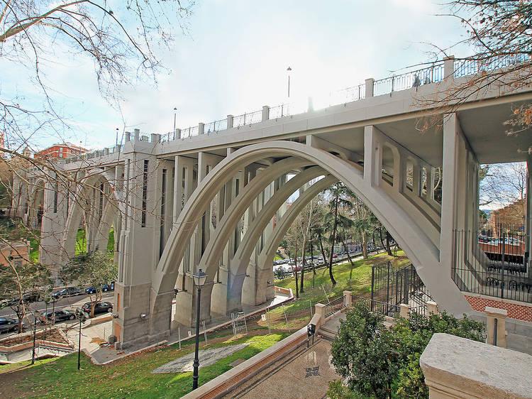Viaducto de la calle Segovia