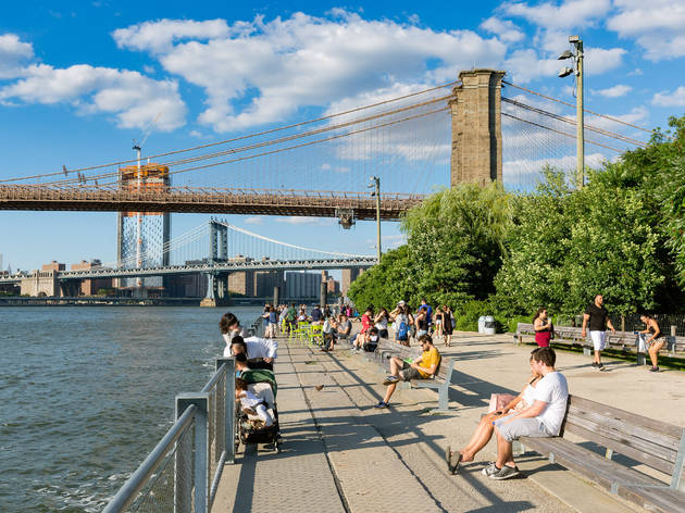 Sunny Summer day in Brooklyn Bridge Park