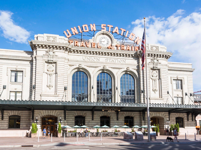 Union Station, Denver, travel