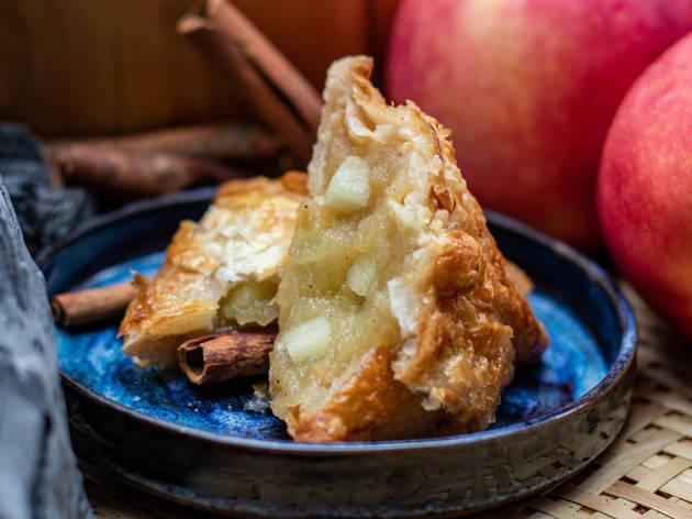 Kafé Samsa apple samsa