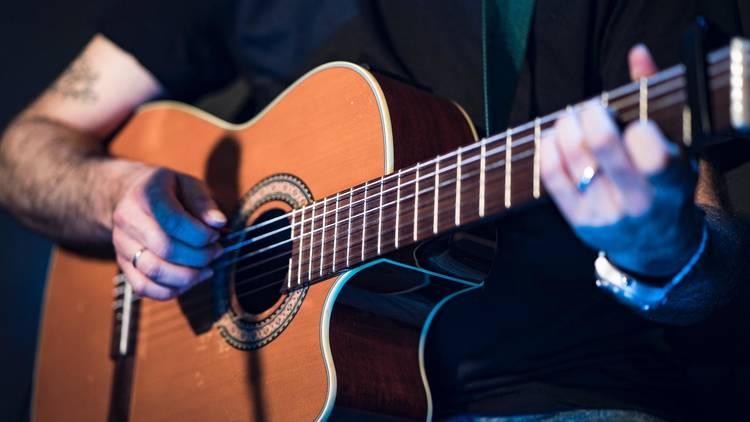 guitar, busking