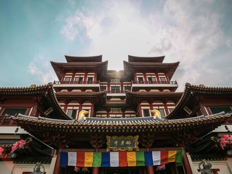 Learn all about Buddhism at the Buddha Tooth Relic Temple & Museum