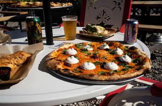 Pizza Lobo