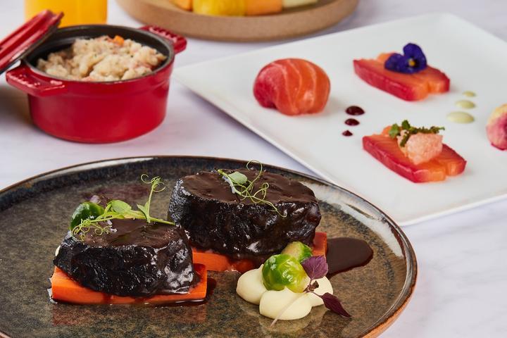 Four Seasons Hotel takeaway menu