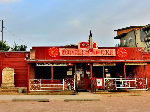 Broken Spoke, Austin, Texas, Bar, Restaurant, Music Venue