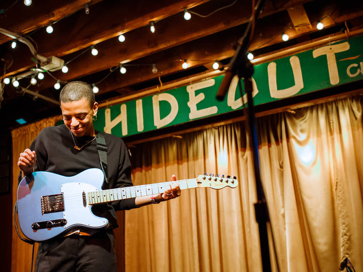 Stream a live show at the Hideout