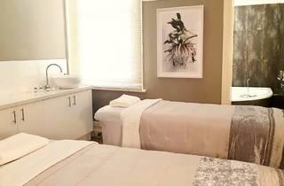 Spa Sublime couples treatment room