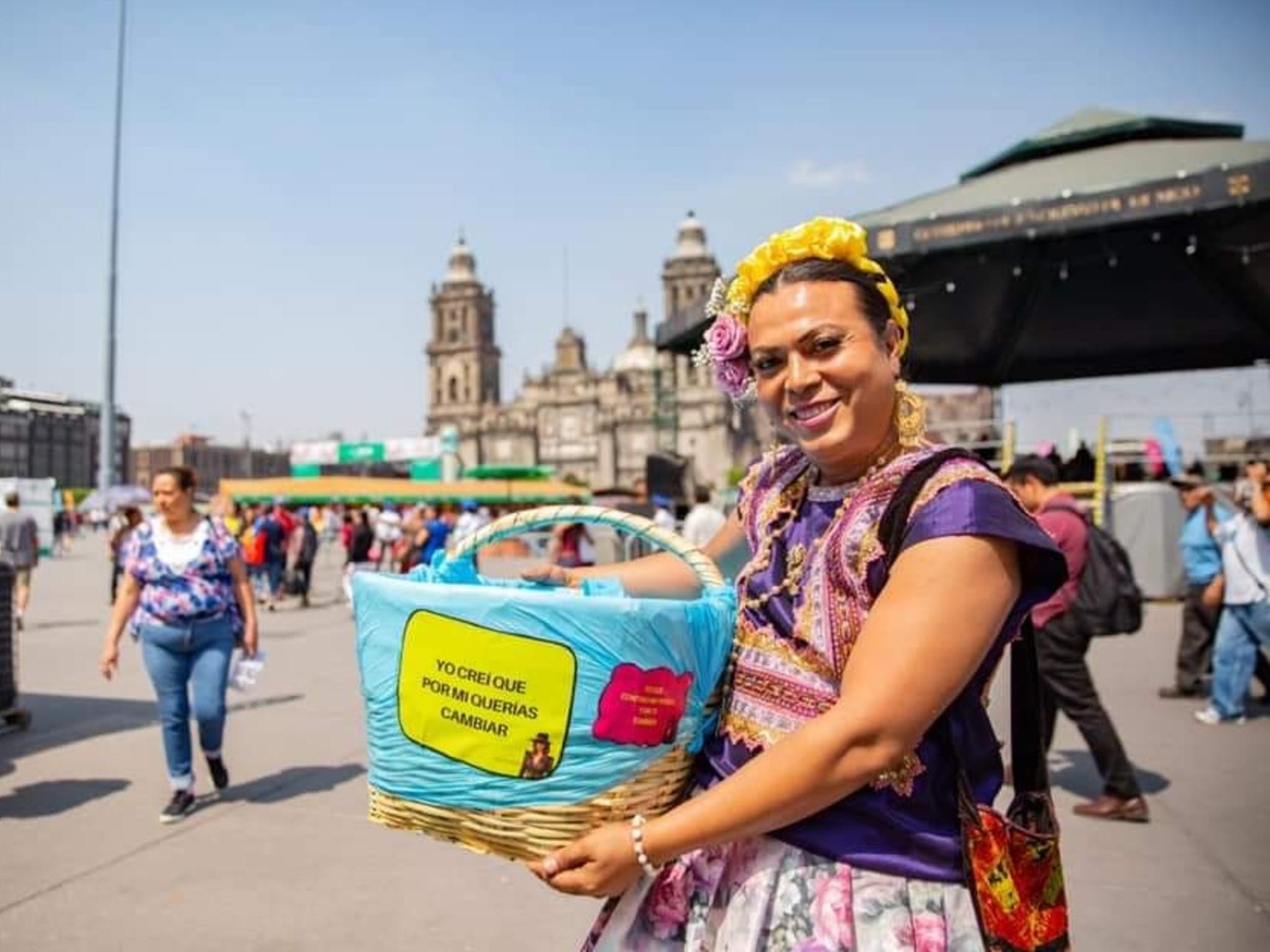 lady tacos de canasta con tacos