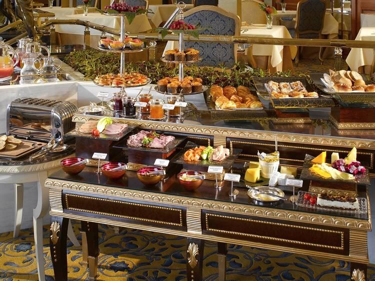 Michelin-starred stay at Shangri-La