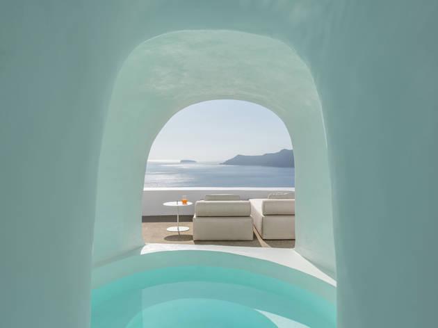 Saint Hotel in Santorini