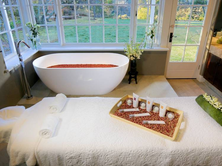 Relax at one of these Blue Mountains day spas