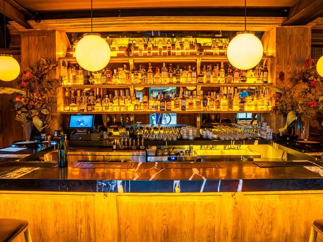 bar de brujas bar