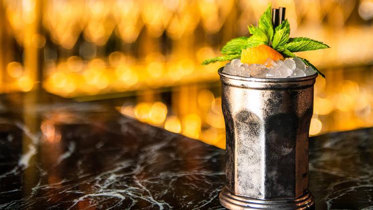 Bar, Restaurante, Vila Bica. Cocktail