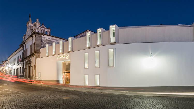 Hotel, Évora, Moov