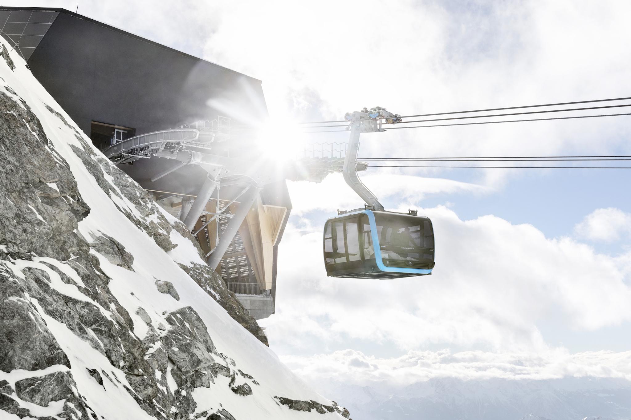 Cable car up to Klein Matterhorn Zermatt.