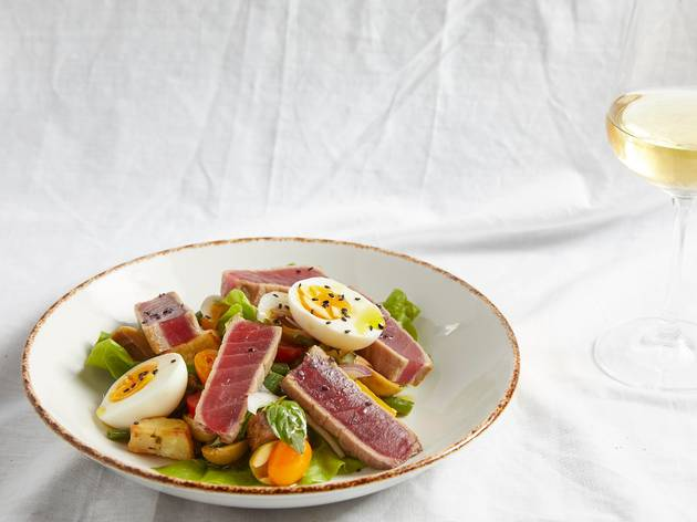 Hester's tuna nicoise