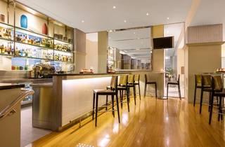 Radisson Blu Plaza Hotel Sydney The Fax Bar