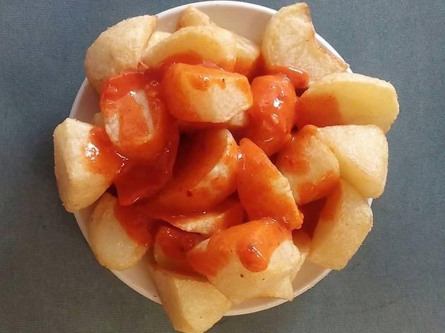 Patatas bravas at Docamar