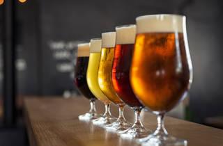 Vasos de cerveza artesanal