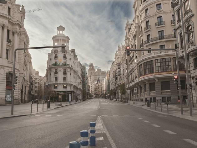 Madrid vacío Gran Vía confinamiento Covid 19