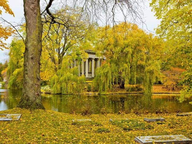 The most beautiful cemeteries in Chicago