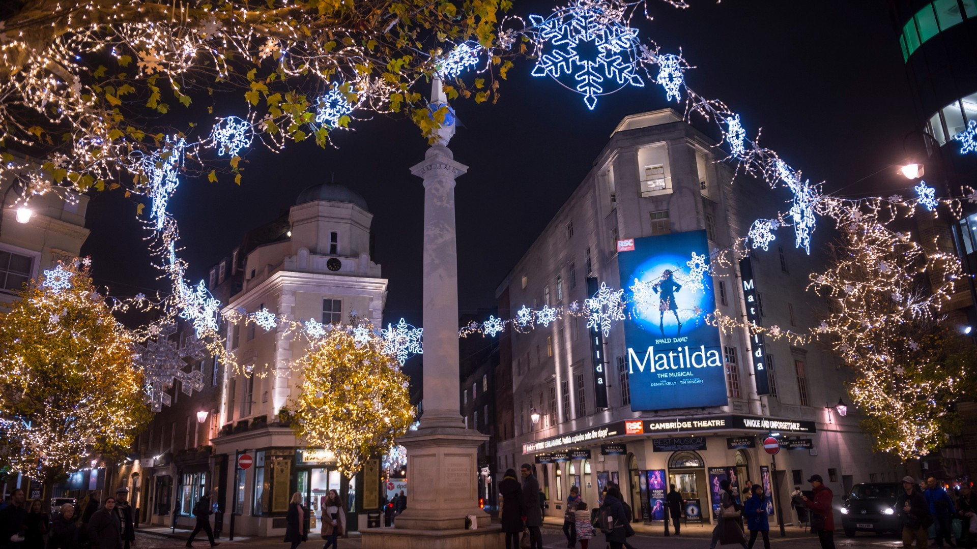 London theatres could be fully reopened by Christmas