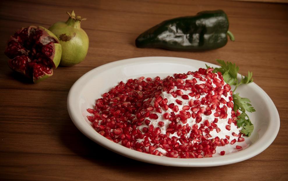 Plato de chile en nogada
