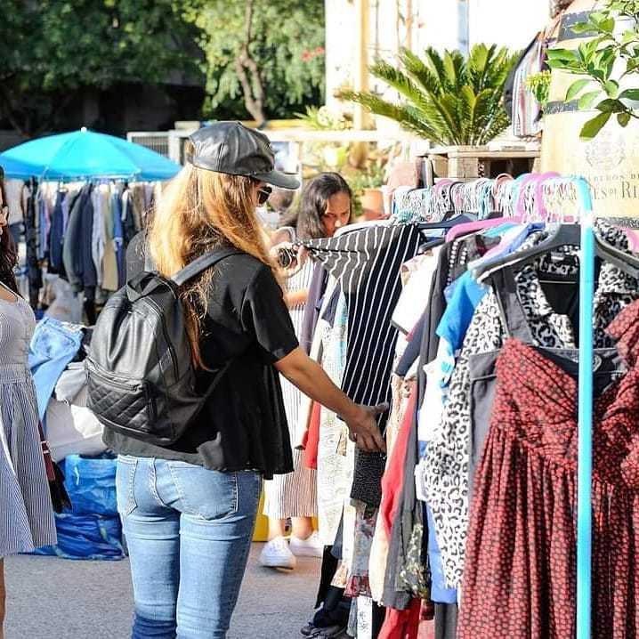 Two Market a la Nau Bostik