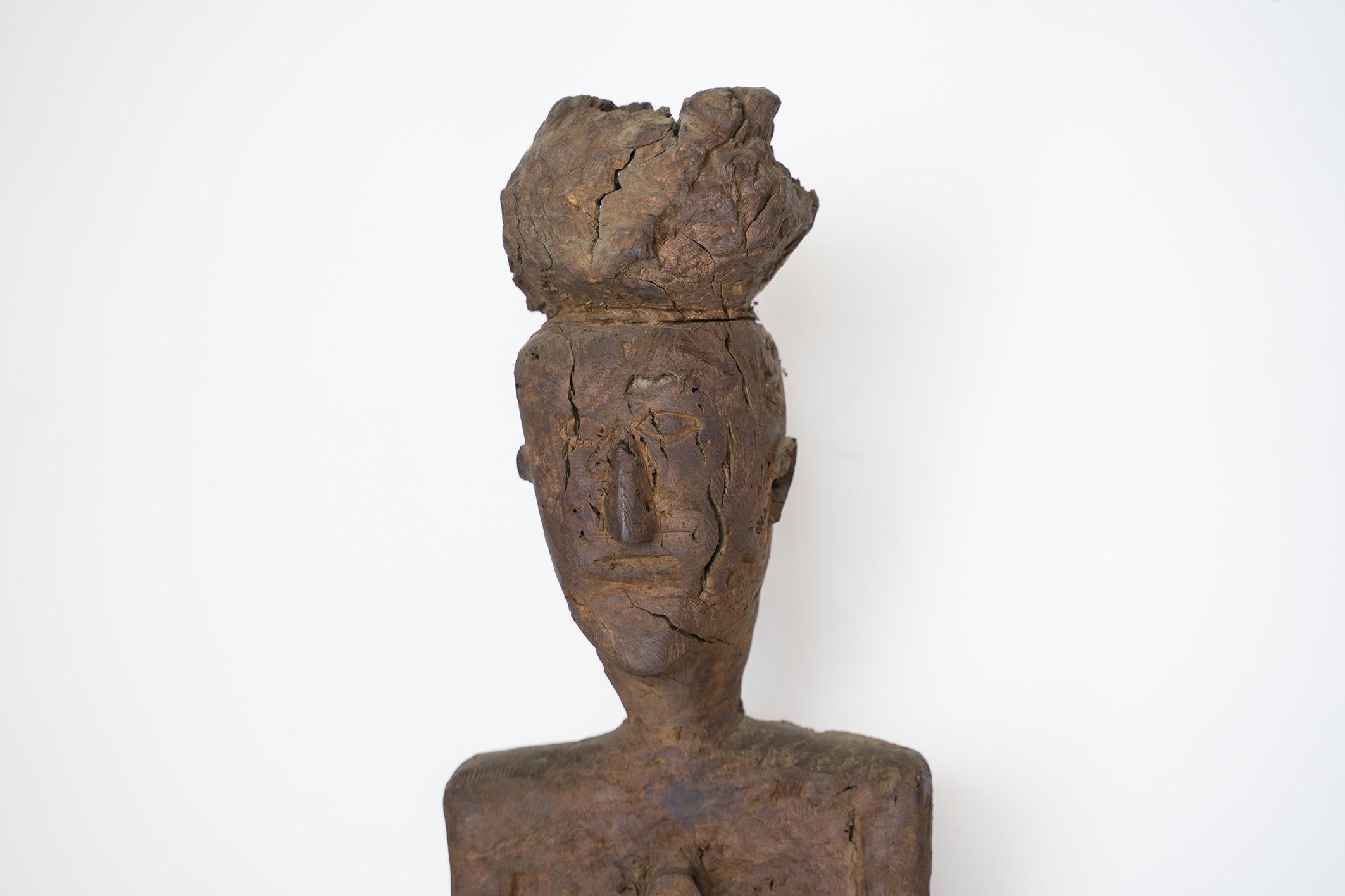 escultura em castanheiro de José Almeida