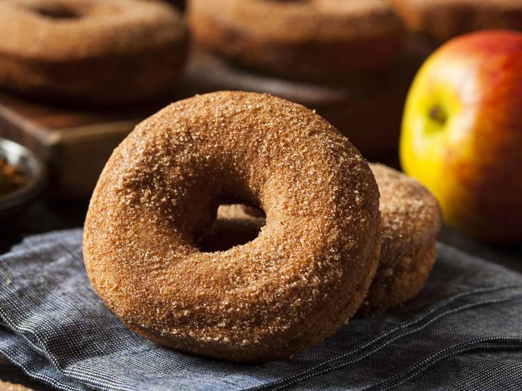 Dig into apple cider donuts from NYC's farmers market