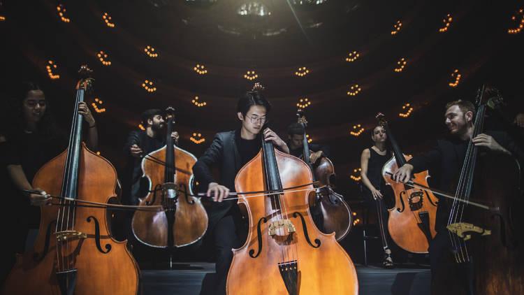 Symphony. Un viatge al cor de la música