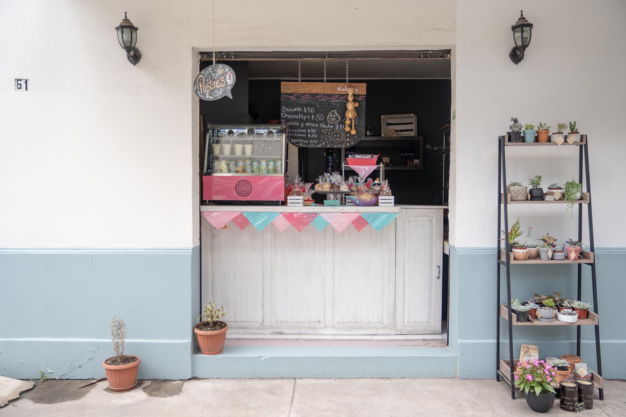 Entrada de Chokoreto Café, el nuevo grab and go de la Narvarte