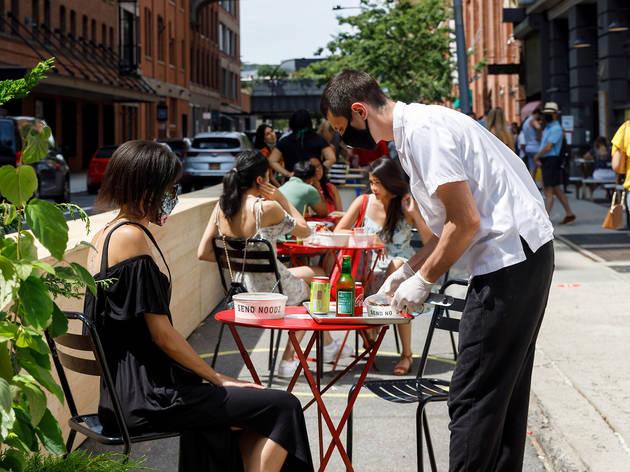 Outdoor dining Chelsea Market
