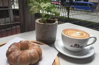Browny Cafe